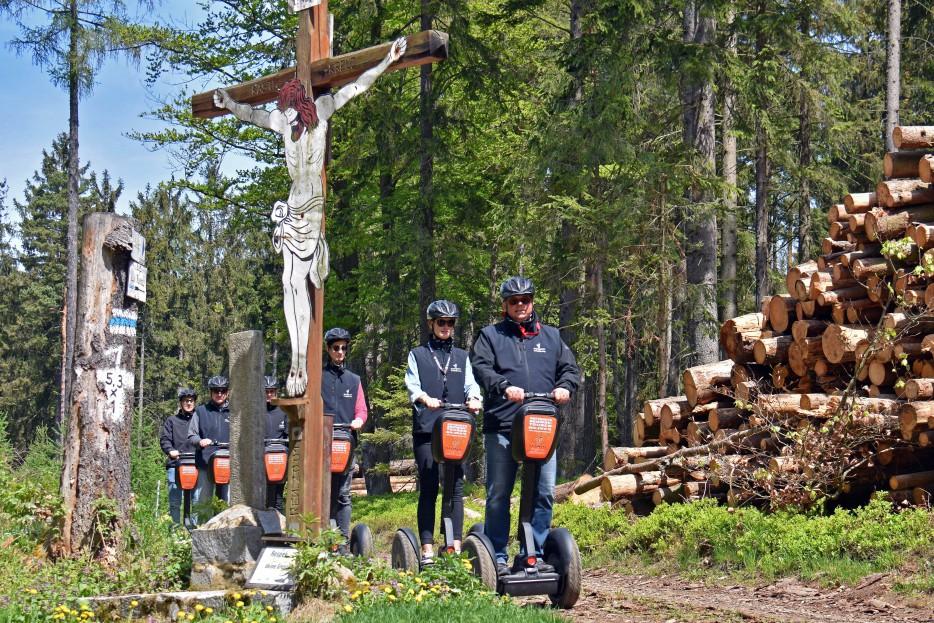Kastel Kreuz im Dunkelsteinerwald, Pilgerwegkreuzung